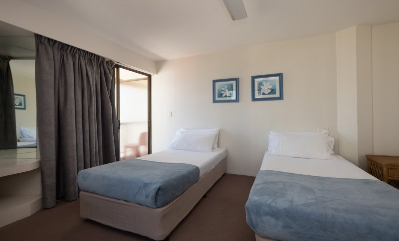 Aloha Apartments Apartments - Surfers Paradise Apartments ...